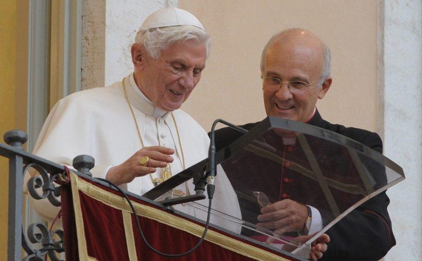 Renonciation de Benoît XVI : les confidences de son ancien secrétaire