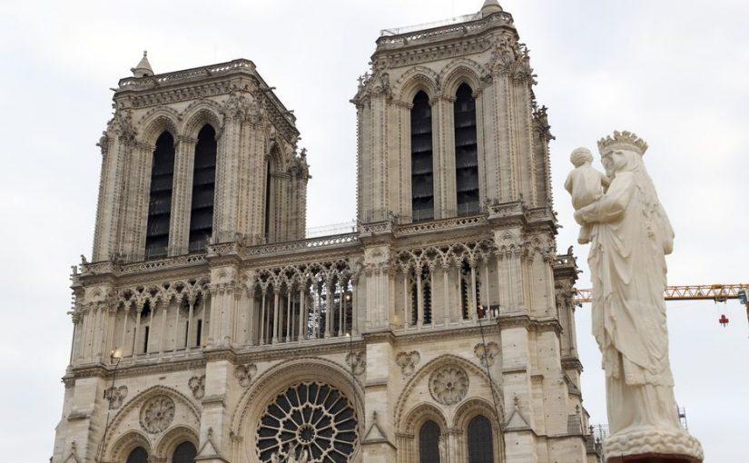 Deux ans après l'incendie, la cathédrale Notre-Dame de Paris renaît de ses cendres