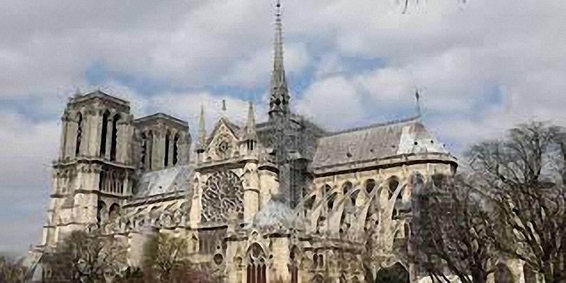 Réflexions autour de la reconstruction de Notre-Dame